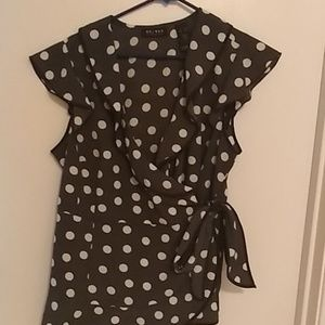 Access black and white polka dot short sleeve top